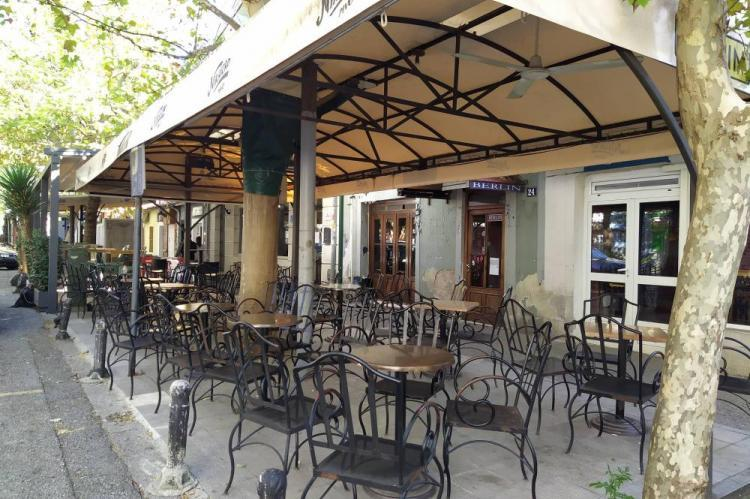PG: Otvorili kafiće uprkos zabrani, krivične prijave protiv vlasnika