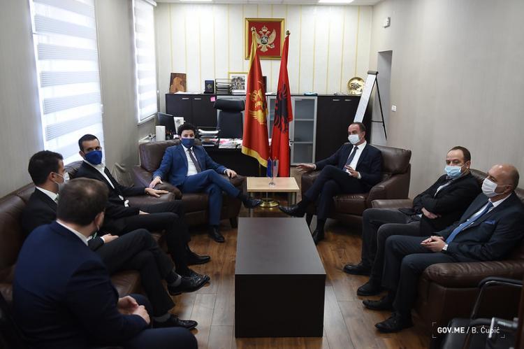 Abazović: Vlada će iskorijeniti svaki vid diskriminacije prema Tuzima