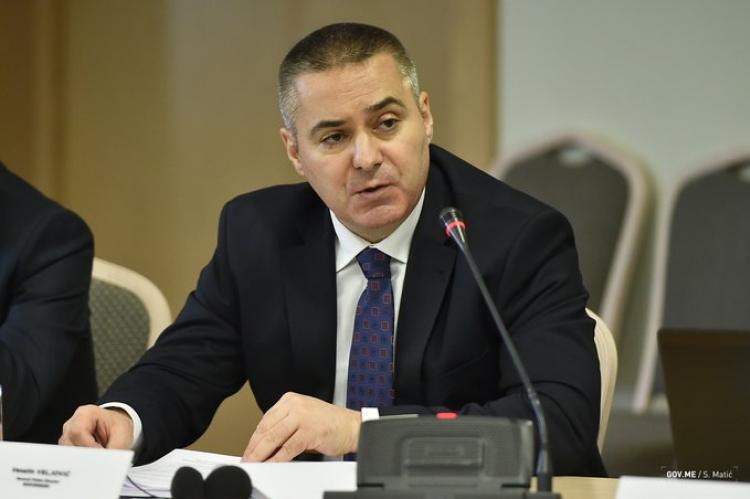 Policija identifikovala osobu koja je prijetila Abazoviću preko društvenih mreža