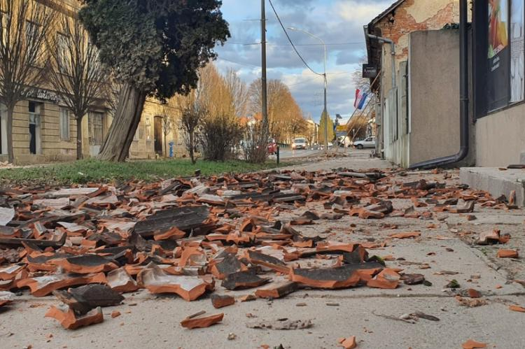 Potresne scene u Petrinji: Vrisak majke koja je izgubila dijete čula cijela Hrvatska (VIDEO)