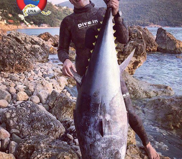 Ulcinjanin imao ulov godine- tuna teška 109 kg