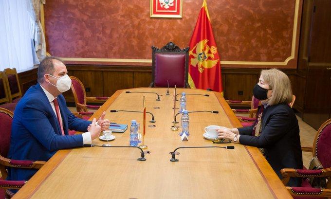 """""""Situacija u Crnoj Gori je politički izazovna"""""""