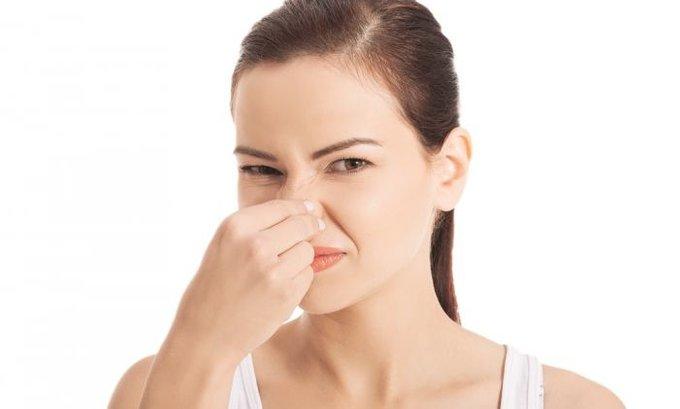 Čulo mirisa izgubi 86% oboljelih od kovida, a evo do kada mora da se vrati