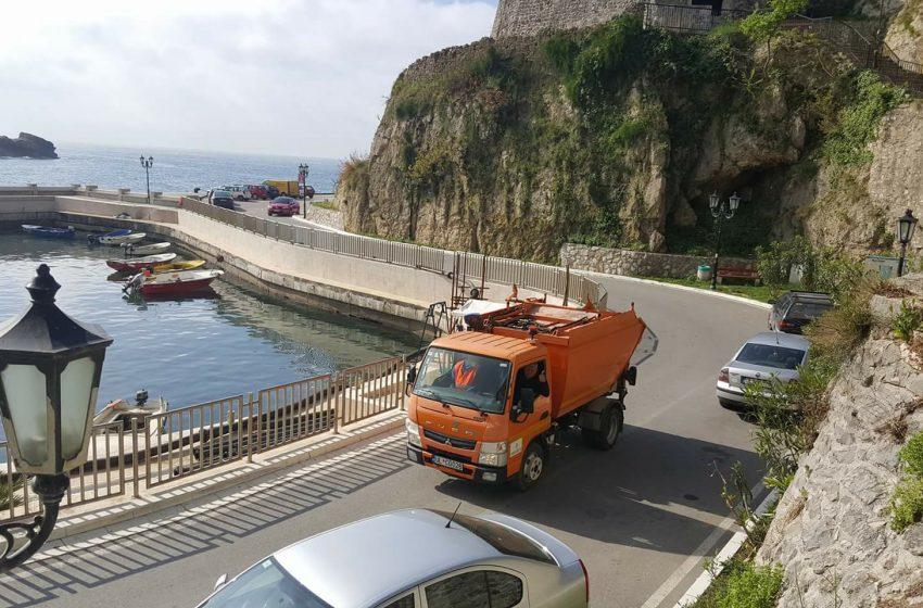 Odvoz otpada u jednoj smjeni, Komunalno obustavlja rad sa strankama