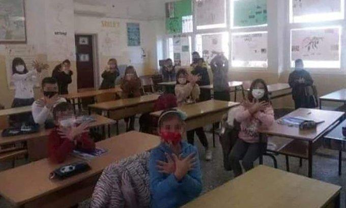 Ombudsman odlučio: Simuliranje orla u školi u Ulcinju nije u interesu djece