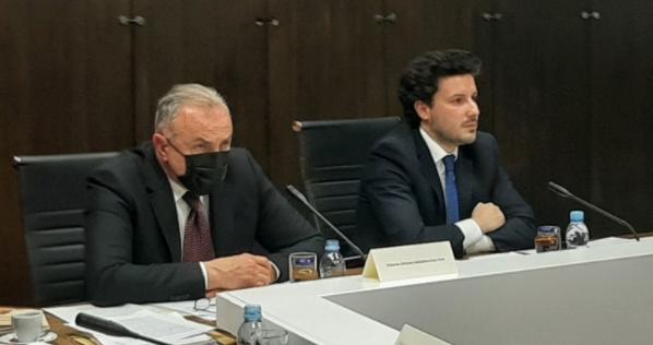 Stanković: Izmjena zakona samo zbog smjene Katnića; Abazović: Ni protiv koga personalno