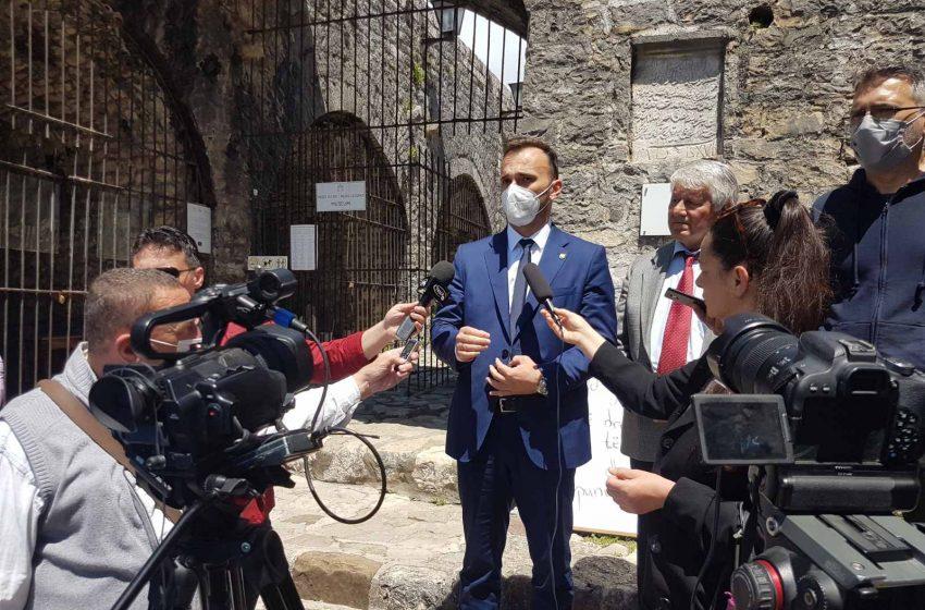 Starograđani ogorčeni zbog raskopanih ulica, iz Opštine najavljuju tužbe