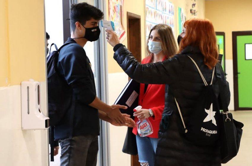 Škole same da kupe sredstva za dezinfekciju, pa će im refundirati novac