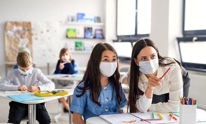 Savjeti psihološkinje: Kako se pripremiti na povratak u školske klupe